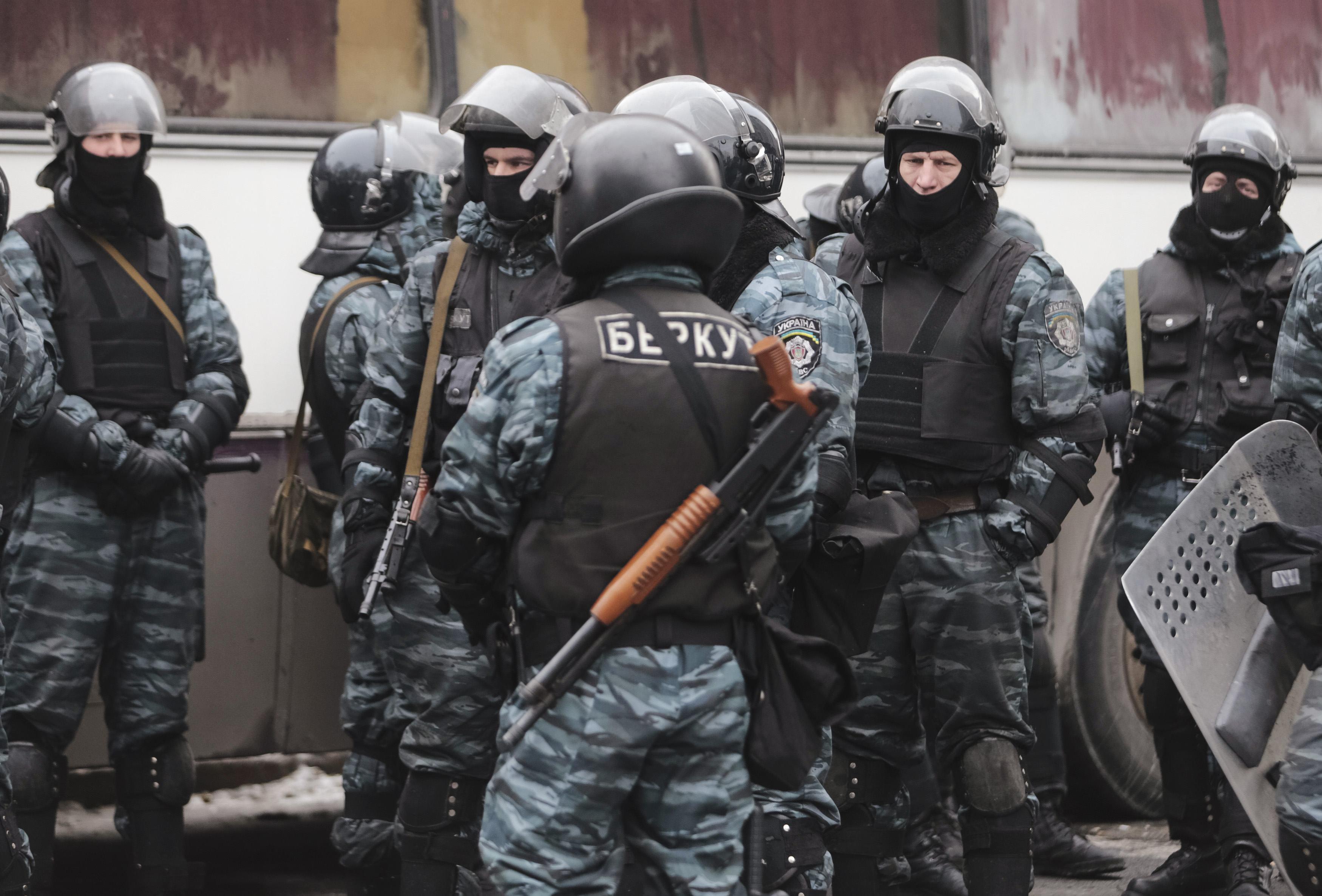 Ночью арестовали харьковского беркутовца, которого ранее суд освободил из-под стражи