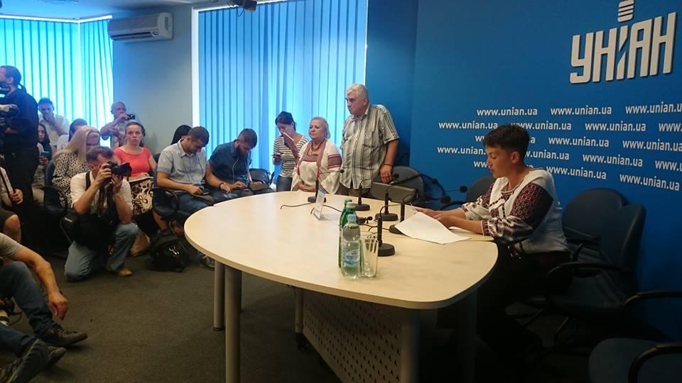 В «Батькивщине» неподдерживают новейшую голодовку Савченко