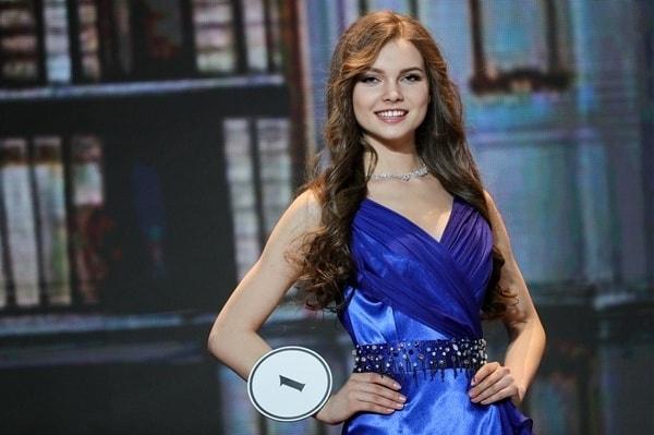 Поддержавшая блокировку Telegram «Мисс Россия» собралась вСирию иДонбасс