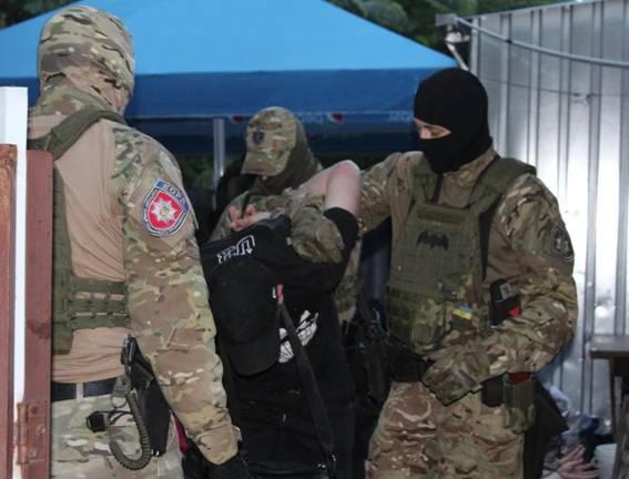 ВКропивницком на«сходке» задержали нескольких «авторитетов»