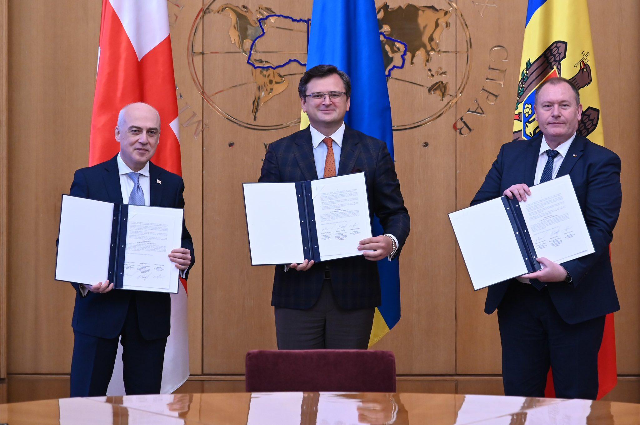 Евроинтеграция Украины, Молдовы и Грузии: страны стали ассоциированным трио на пути в ЕС 4