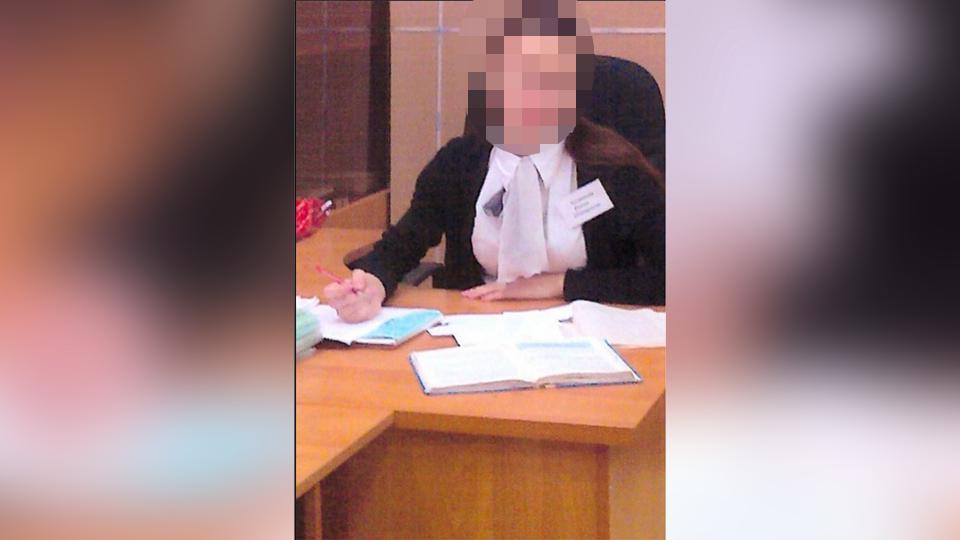 Секс со школьницей в гинекологическом кресле 0 фотография