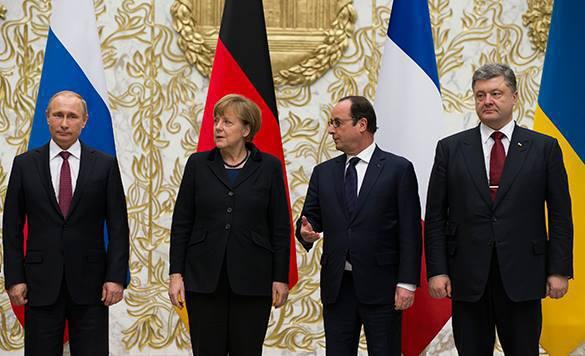 Меркель иПорошенко договорились отелеконференции сучастием Олланда