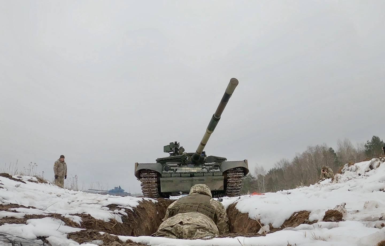 Отступать некуда - позади Киев: Виталий Кличко с гранатой бросился под танк 1