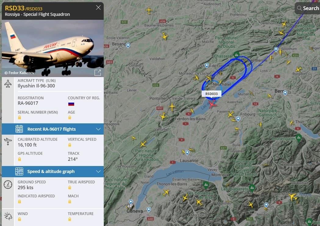"""Байден """"заставил"""" самолет с делегацией РФ ждать посадки в Женеве - час кружили над озером 1"""