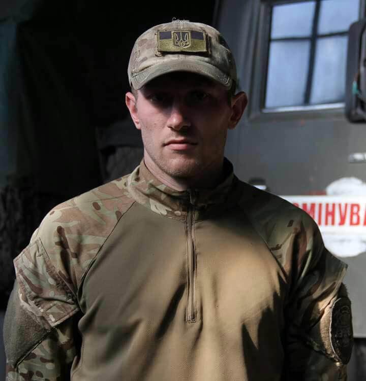 Украинские военные говорили о смерти офицера после тяжелого ранения