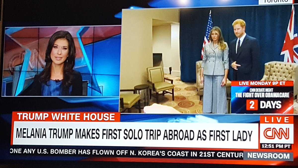 Принц Гарри продемонстрировал рокерскую «козу», позируя для фото сМеланьей Трамп