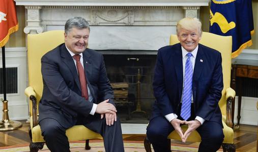 Государство Украину совсем скоро посетят сотрудники Администрации США,— Порошенко