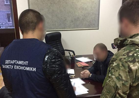 ВЗапорожской области навзятке задержали 2-х прокуроров