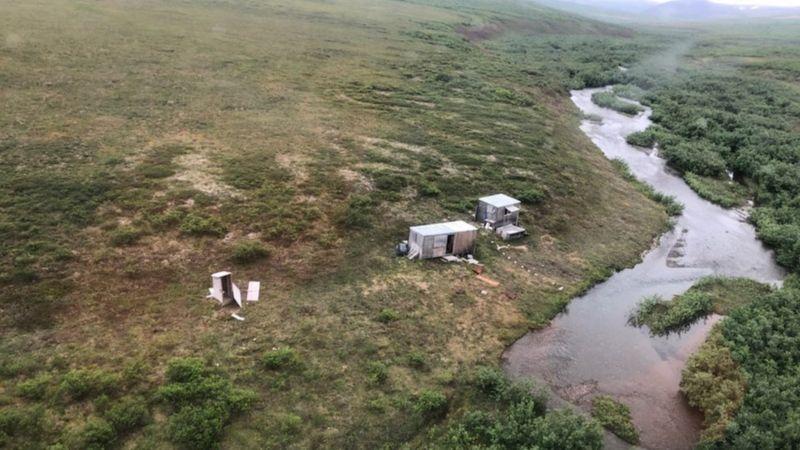 Выживший: на Аляске медведь гризли неделю преследовал раненого туриста 1