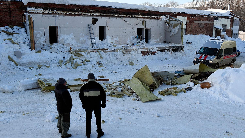 ВНовосибирске обрушилась крыша кафе