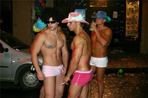 С санкт-петербург город гей знакомство