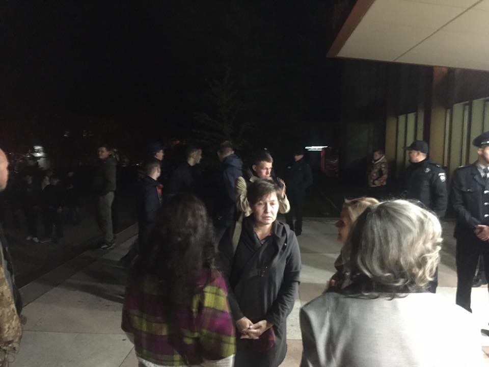 Концерт Сергея Бабкина вНиколаеве довелось эвакуировать из-за сообщении оминировании