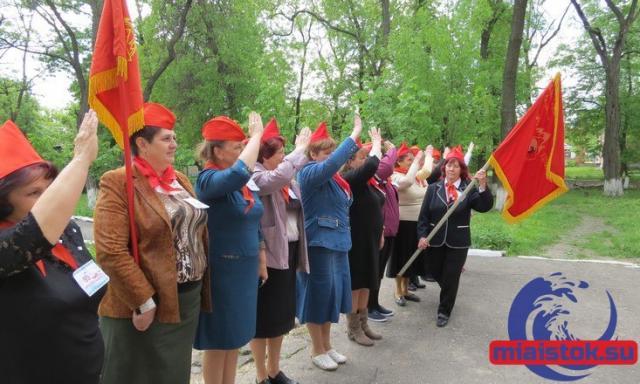Очередная партия красавцев-танков Т-80 будет отправлена на передовую, - Порошенко - Цензор.НЕТ 3047