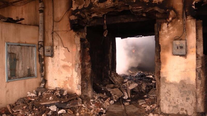 ВКрыму пылает крупный хладокомбинат— рухнувшая плита убила ипокалечила спасателей