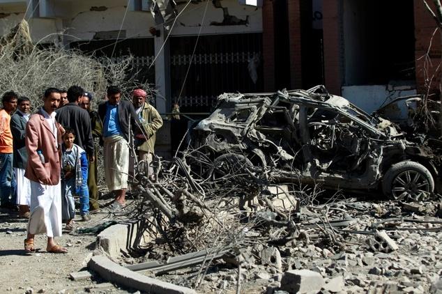 Последствия жуткого авиаудара по рынку в Йемене: 119 погибших, десятки раненых