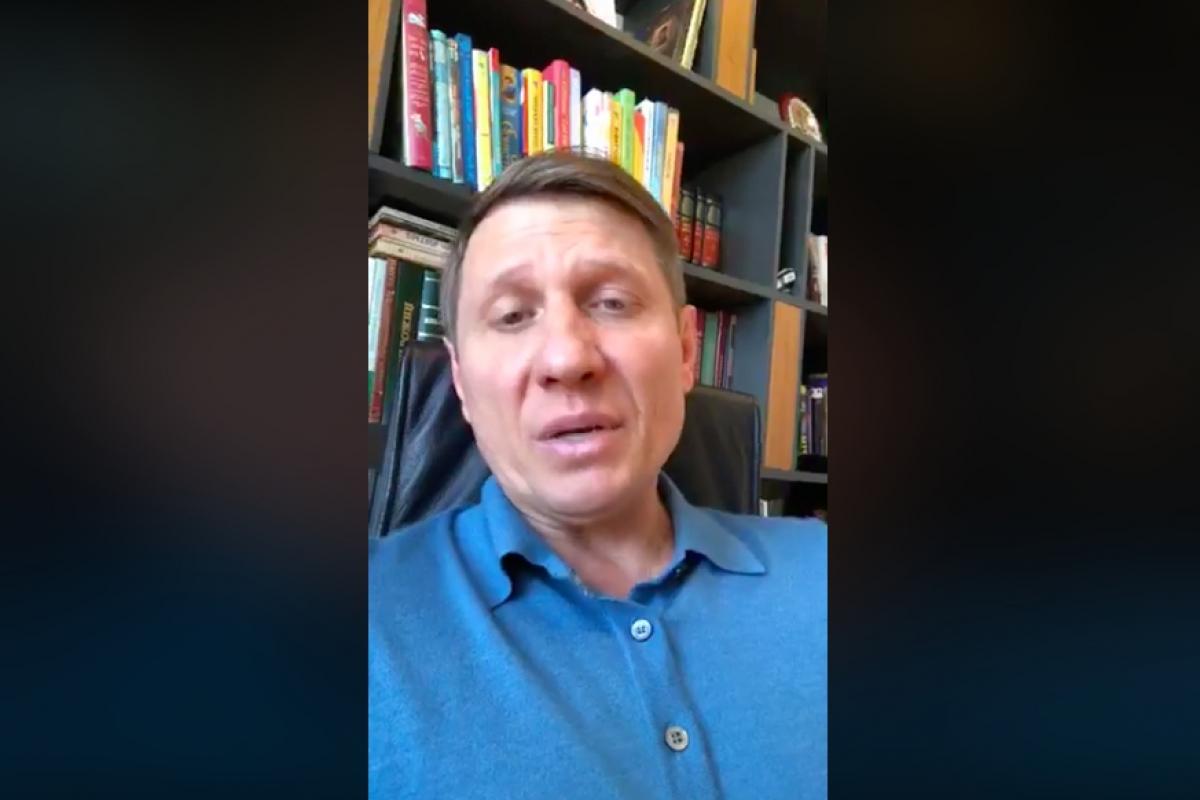 """""""Неприятная болезнь"""", - у депутата Шахова, зараженного COVID-19, ухудшилось состояние"""