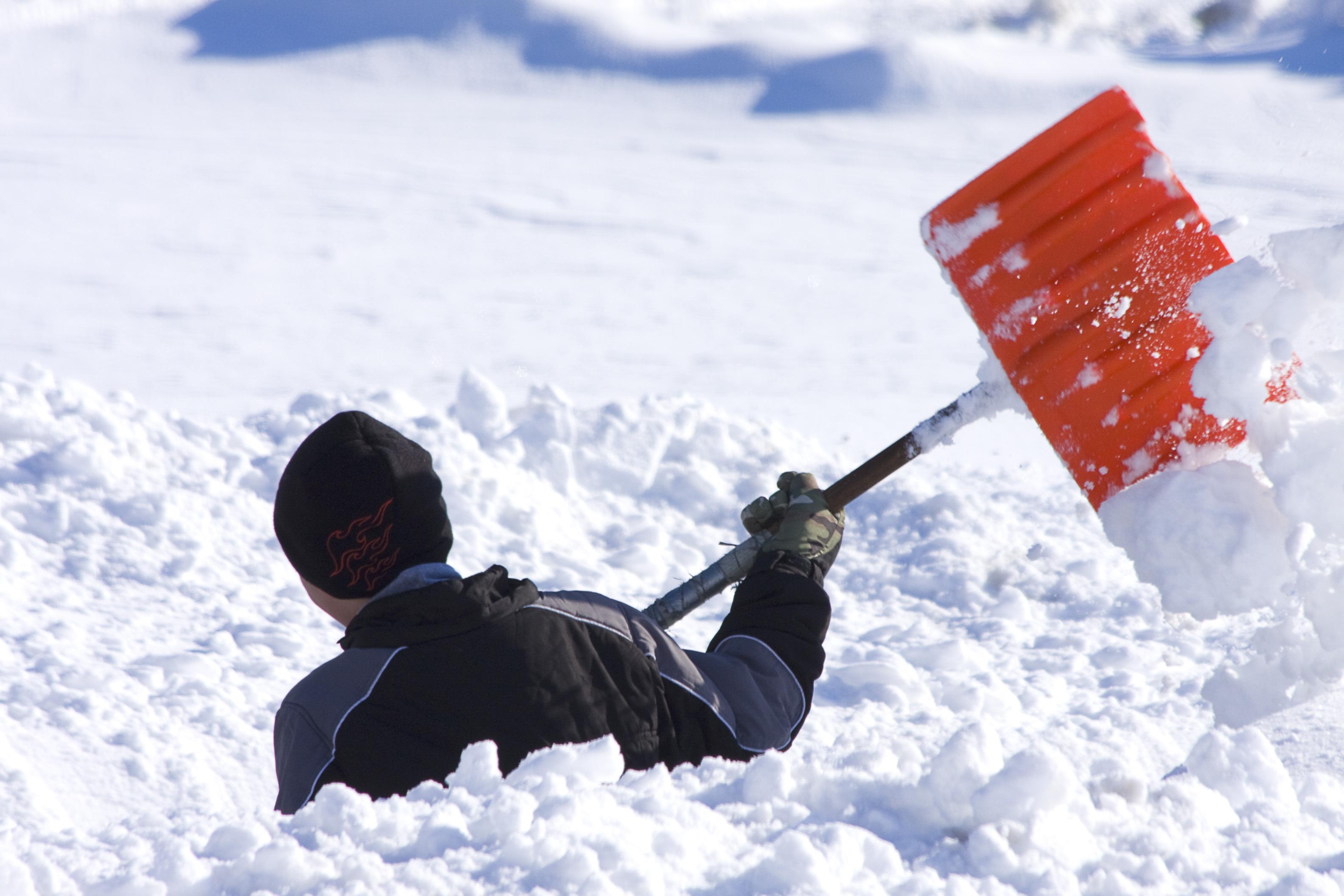 оразымбетова какие положено делать при фотографиях в снегу центре