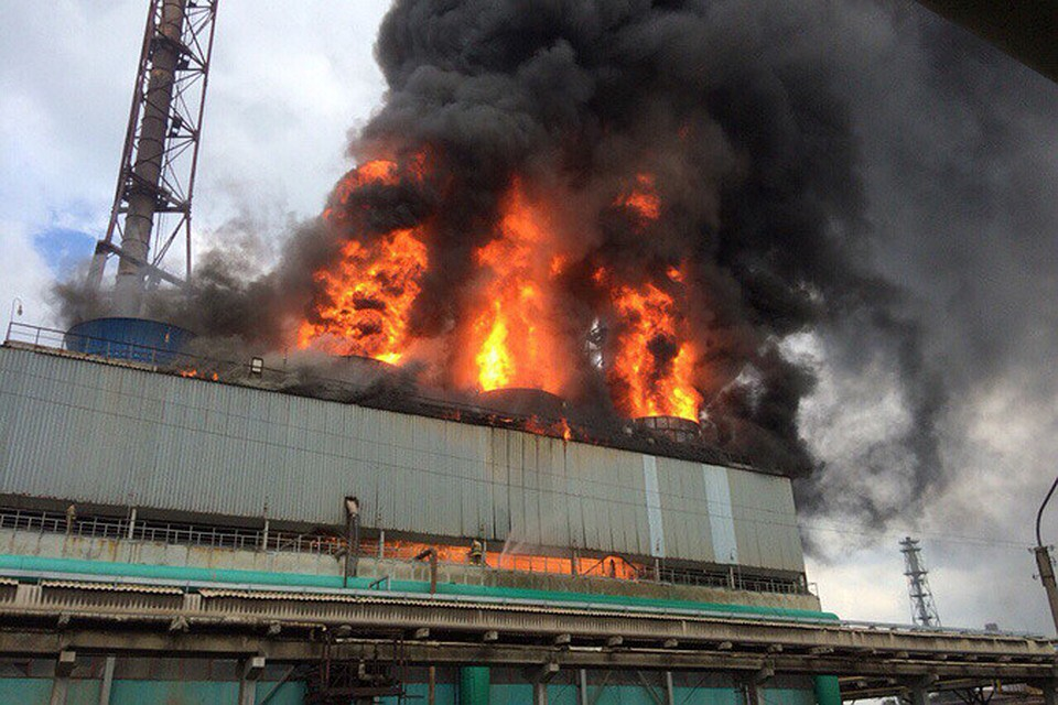 """Трагический пожар в Кемерово: официальные лица озвучили первую версию происшествия в ТРЦ """"Зимняя вишня"""" – """"виноваты дети и подростки"""""""