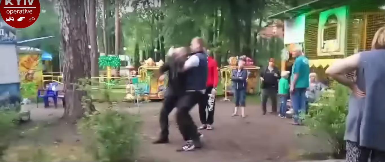 Пьяные отморозки жестоко избили ветерана АТО в Киеве (видео)