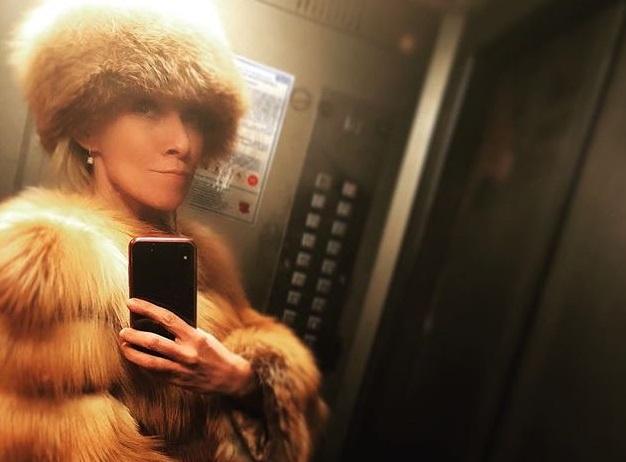 захарова, фото, соцсети, мид россии, селфи, лифт