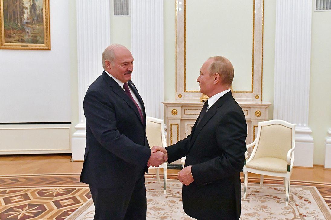 """Лукашенко снова обыграл Путина, """"Союзного государства"""" не предвидится, - эксперт РФ"""