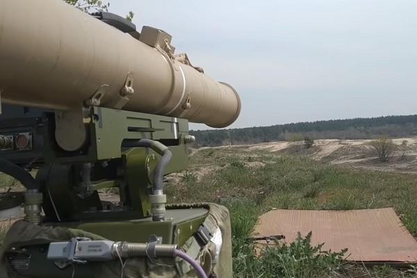 """Учения ВСУ с использованием системы """"Стугна"""": в Сети показали видео об """"украинском Javelin"""""""