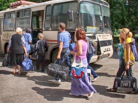 Из Донецка, Луганска и Горловки организованы три коридора для вывода населения