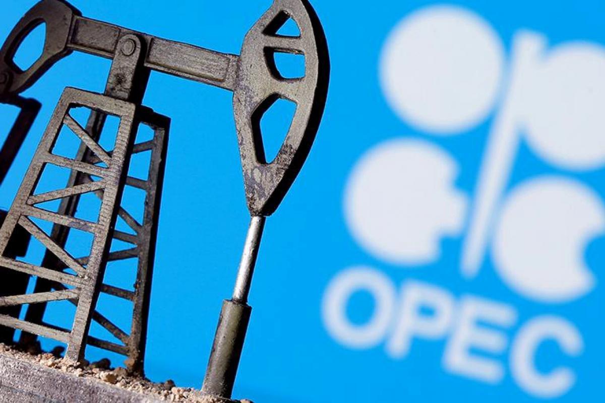 """Страны ОПЕК+ не смогли договориться, нефтяникам прогнозируют спад: """"Будет хуже, чем весной"""""""