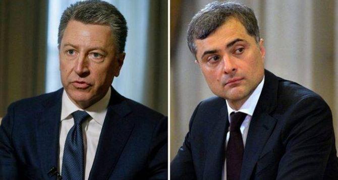 Волкер внезапно отменил поездку в Москву и переговоры с Сурковым: представитель США сделал резкое заявление