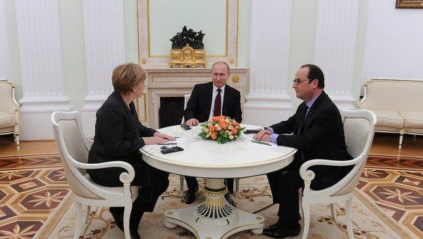 """В Кремле назвали переговоры Путина, Меркель и Олланда """"конструктивными и содержательными"""""""