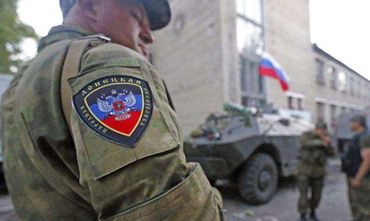 """Сгорело все подчистую, ничего не осталось: в оккупированном Донецке уничтожен артиллерийских расчет из российских курсантов, Кремль опять готовится встречать """"груз 200"""""""