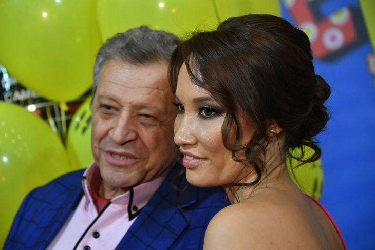 Вдова Грачевского Белоцерковская с кулаками напала на эксперта шоу Мариану Саид Шах