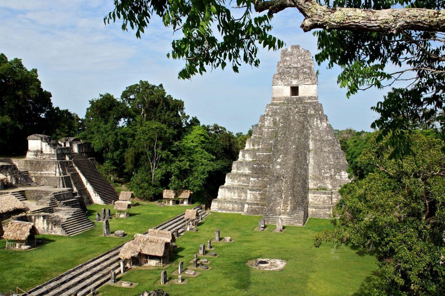 Уникальная находка: в Южной Америке на месте города майя найдено здание дипломатического посольства