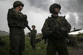 СНБО: за сутки в зоне АТО погибло 13 военных, освобождено 3 населенных пункта