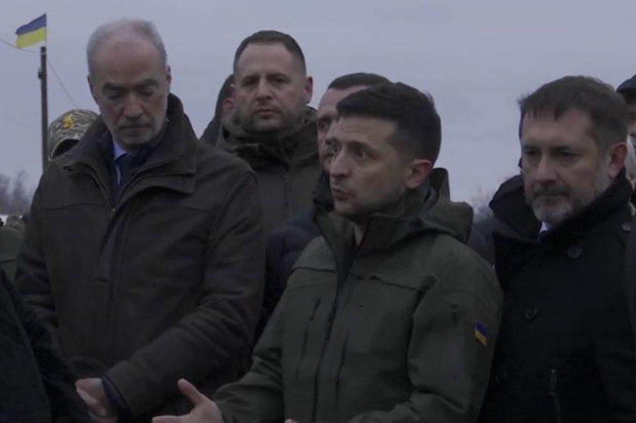 флаг, лнр, станица луганская, мост, зеленский, видео, новости, украина