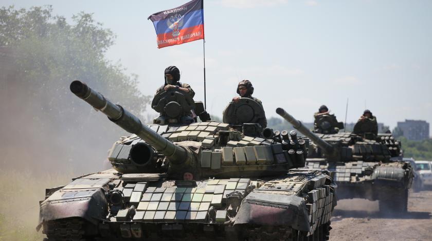 """Не братья в печали: боевики """"ЛНР"""" обнаружили фейковую танковую роту, которую они активно спонсировали"""