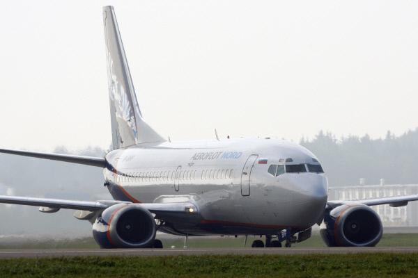 Пьяный пассажир вынудил пилота посадить самолет в Берлине, угрожая бомбой. Подробности происшествия