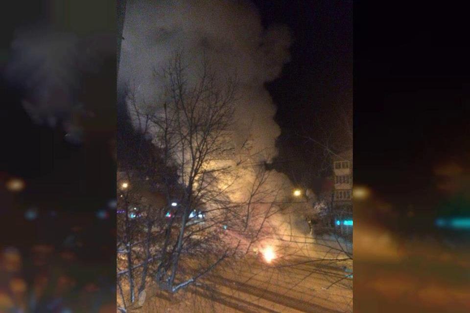 Магнитогорск сотряс новый взрыв: в центре города вспыхнула маршрутка, 3 погибших, место оцеплено