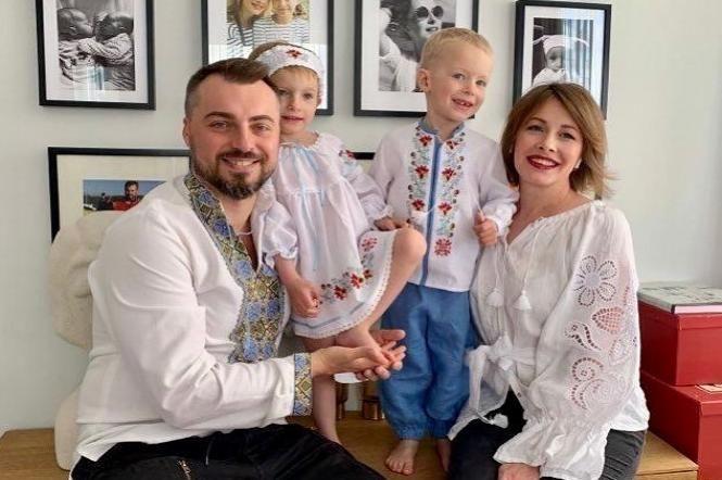 Елена Кравец показала фото двойняшек после дня рождения