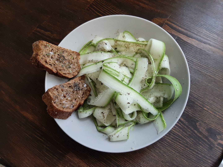 Веганская кухня: лайфхак-рецепт приготовления полезных, легких, вкусных кабачков