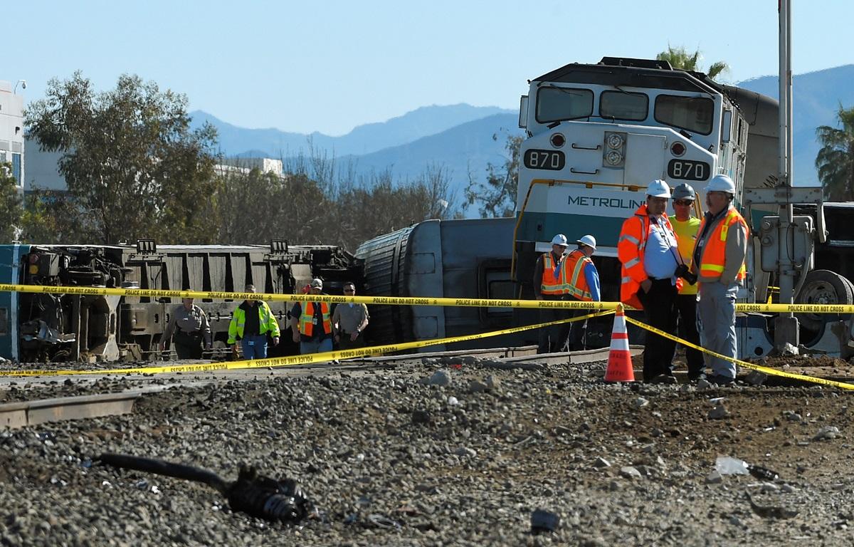 Крупная авария в Калифорнии: подробности и фото с места событий