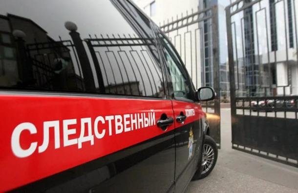 """Нечеловеческая жестокость: в России школьники чуть не забили сверстницу ногами на """"разборках"""" и подожгли ей волосы на голове – жуткие кадры"""