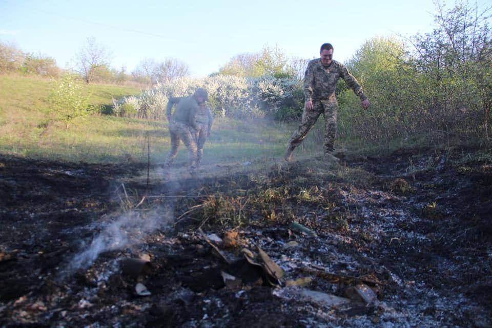 Армия РФ ударила по Попасной управляемой ракетой - взрыв у жилых домов вызвал пожар