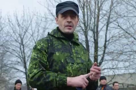 Боевик Безлер рассказал о своем желании расстрелять Стрелкова: Гиркин, выкрути шурупы из черепа и сними корону со своей тупой башки