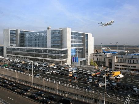 """Украинские депутаты эвакуированы в ходе брюссельских терактов: делегация прибыла в аэропорт """"на горячее"""""""