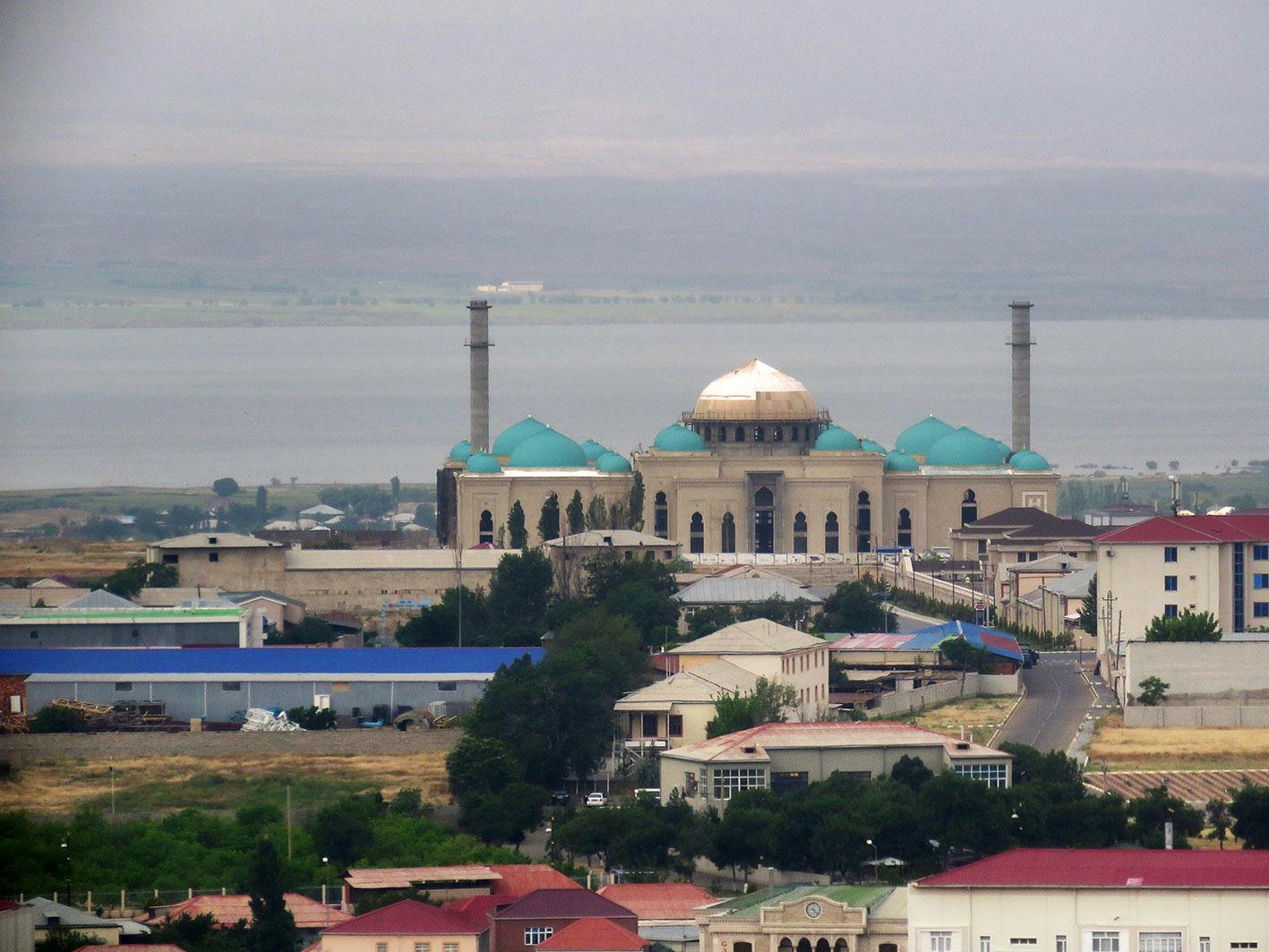 Пропаганда РФ обвинила Азербайджан в обстреле российских постов в Карабахе