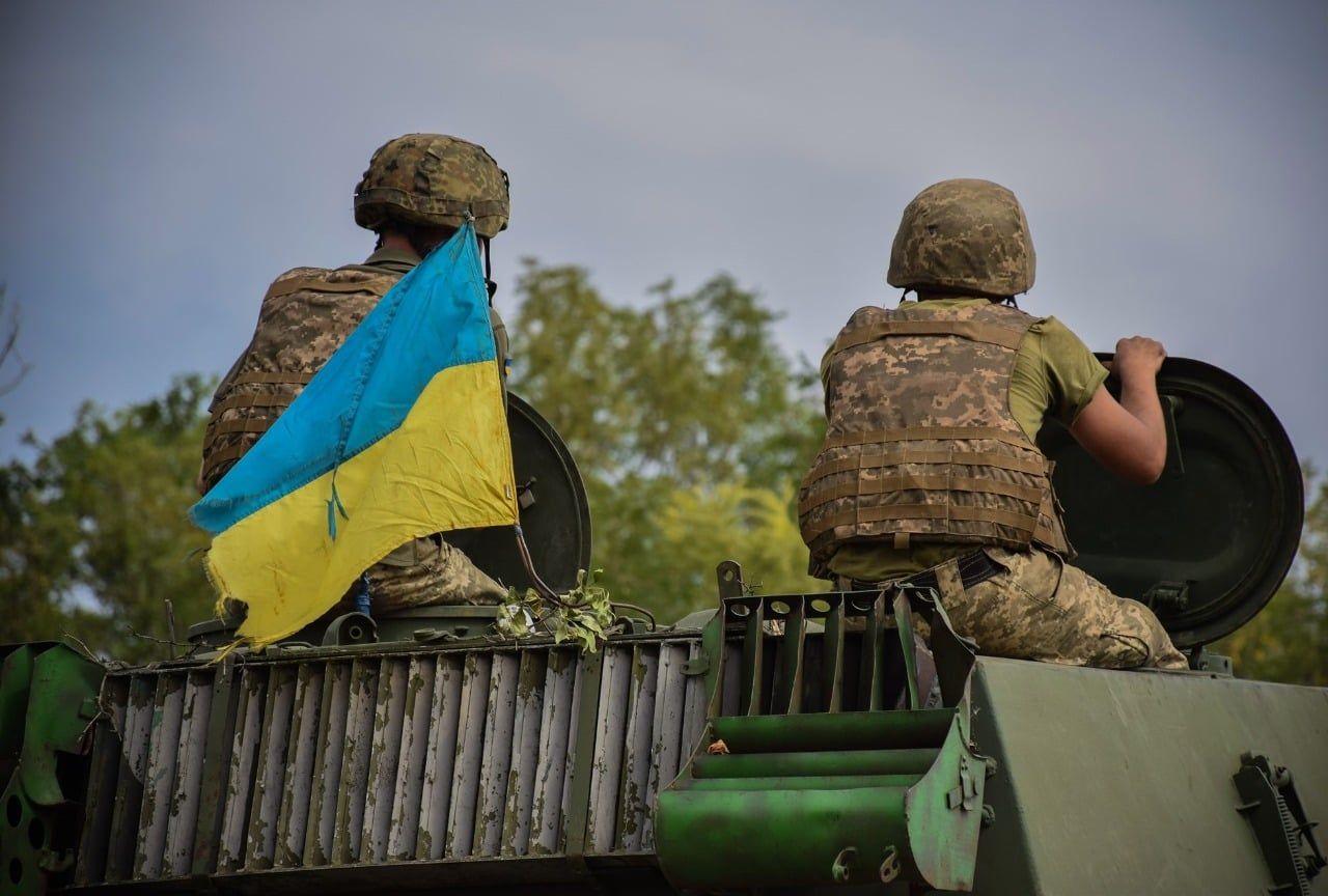 На Донбассе ВСУ перехватили вражеский беспилотник, шпионивший на позициях сил ООС