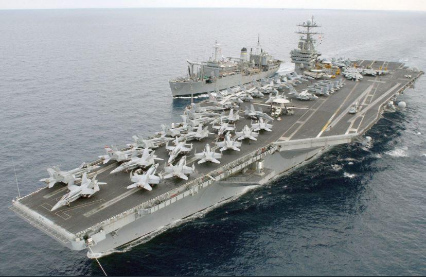 """Ударная группа США из 8 судов с авианосцем """"Гарри Трумэн"""" взяла курс на Сирию: диктатор Асад с РФ экстренно прячут войска и технику - кадры"""