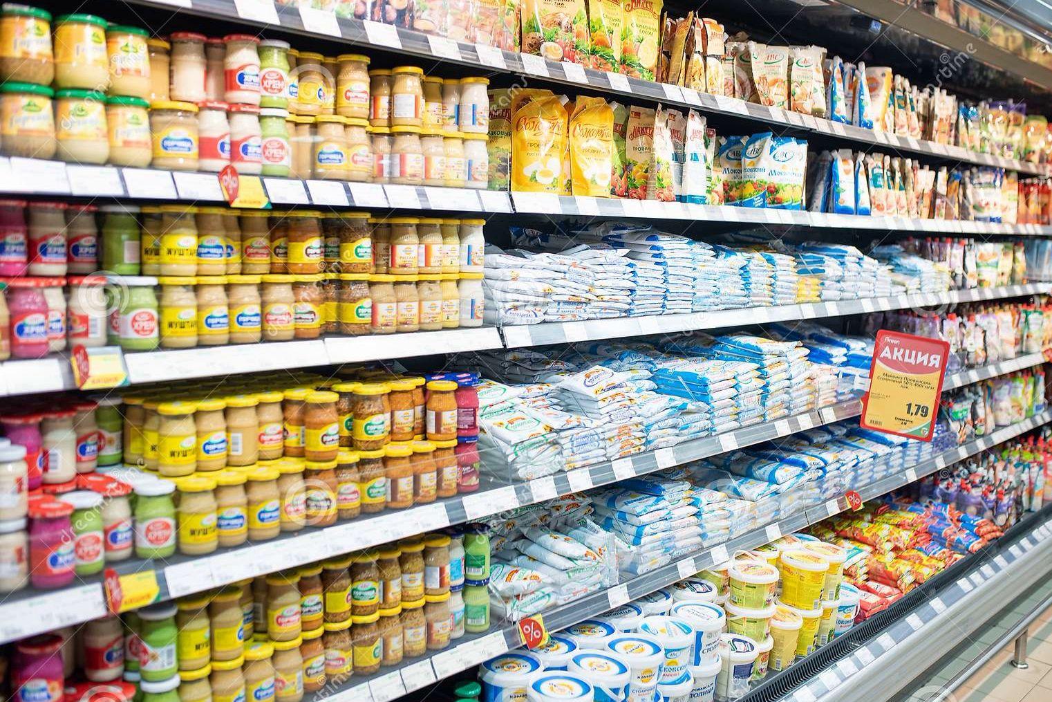 У Лукашенко придумали, как ответить Украине и ЕС на санкции: на полках магазинов спрячут товары